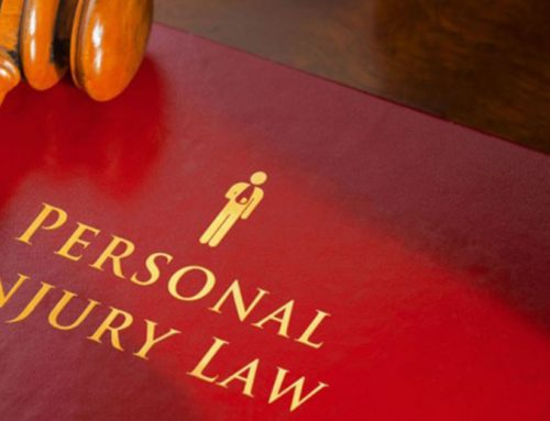 How do I benefit by choosing a lawyer who specializes in personal injury claims?
