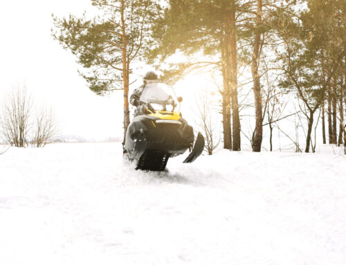 Ten Important Things to Know About SnowMobile Safety